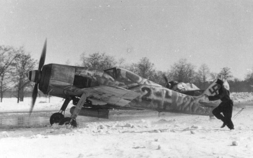 Battling for Budapest: Luftflotte 4 in December 1944